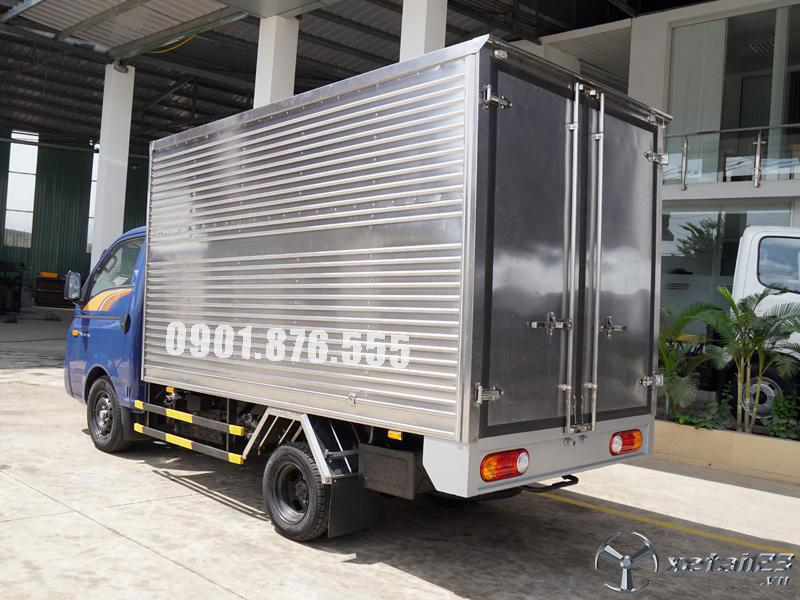 Hyundai New Porter H150 thùng 3m1 hỗ trợ ngân hàng 80%