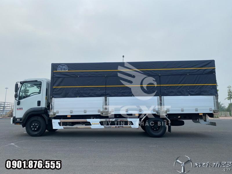 Isuzu FRR650 6T5 thùng dài 6m7 trả trước 20% chìa khóa trao tay