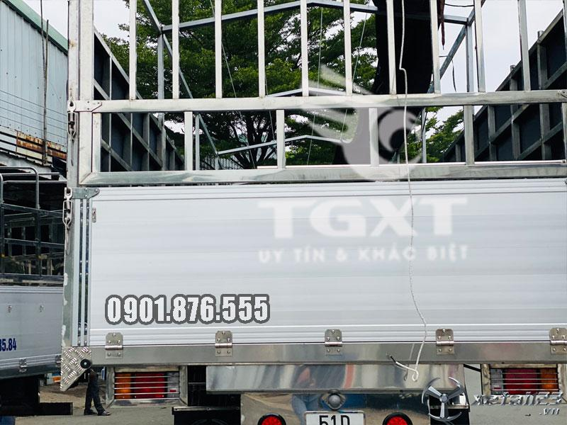 Isuzu FVR34UE4 thùng bạt dài 9m6 hỗ trợ vay cao toàn quốc