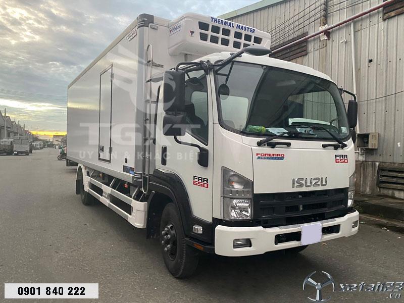 Xe đông lạnh Isuzu FRR650 thùng 4m3 ngân hàng hỗ trợ vay cao