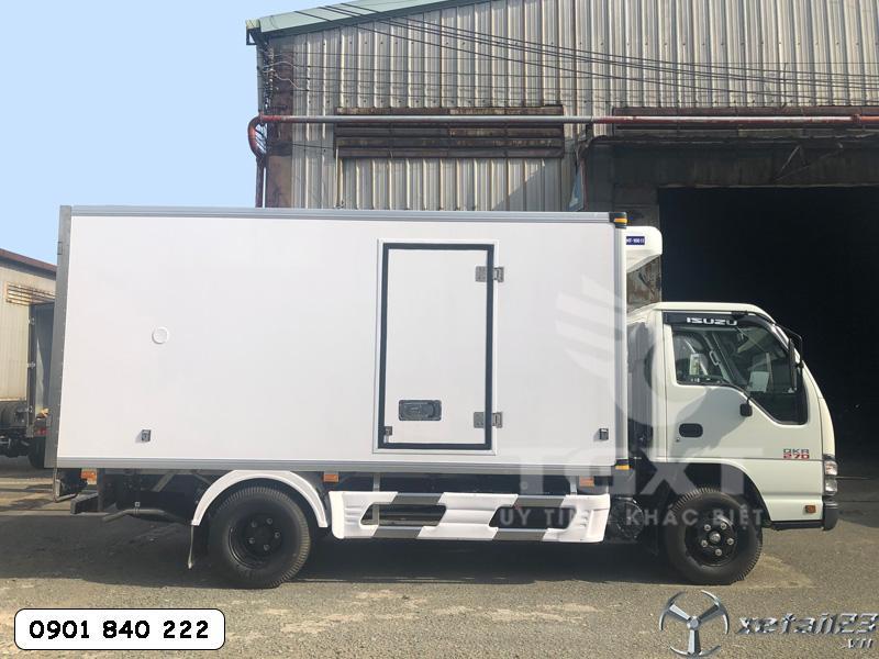 Xe Isuzu QKR270 đông lạnh thùng dài 4m3 trả trước 120tr nhận xe ngay