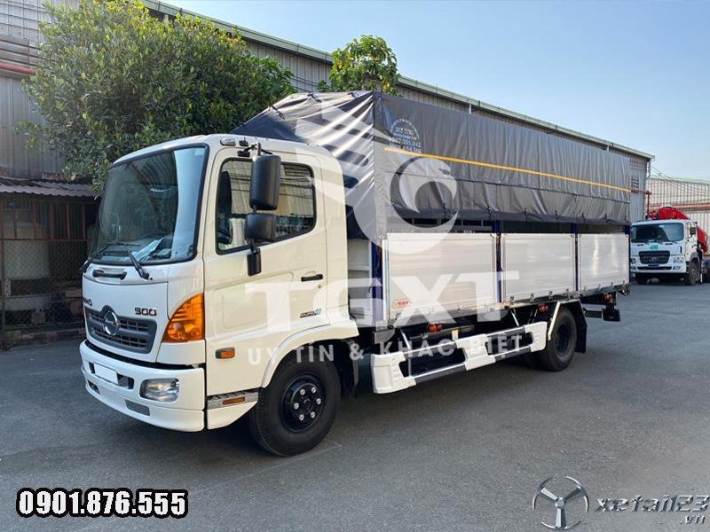 Xe tải Hino FC 6T5 / xe thùng bạt dài 5m6 giá ưu đãi hỗ trợ vay cao