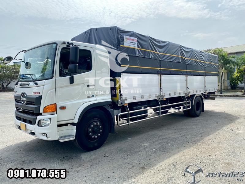 Xe tải Hino FG 8T6 thùng bạt dài 7m9 có sẵn vay 80%