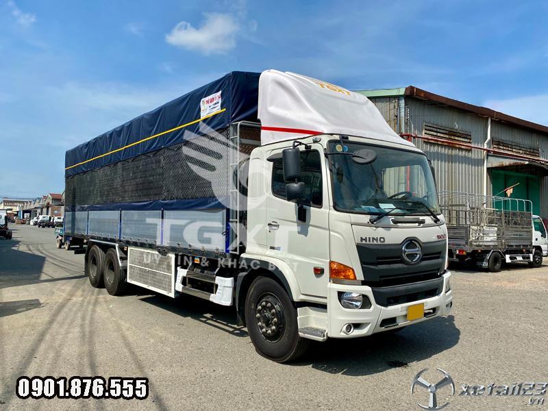 Xe tải Hino FL thùng bạt bửng nhôm giao nhanh tận nơi