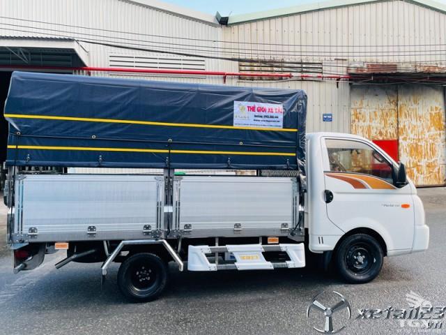 Xe tải Hyundai H150 thùng bạt hỗ trợ trả góp lên đến 80%