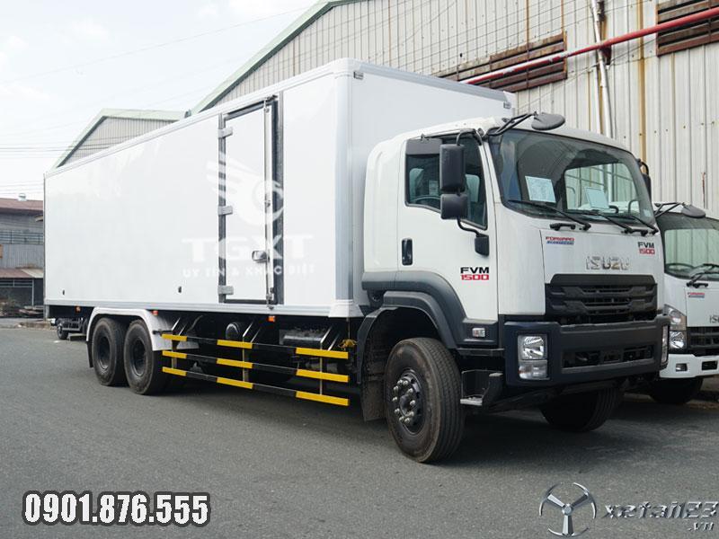 Xe tải Isuzu FVM1500 thùng dài 9m3 ngân hàng hỗ trợ vay cao