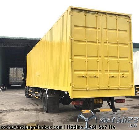 Xe thùng kín Container chở Pallet DONGFENG B180 dài 9,7M