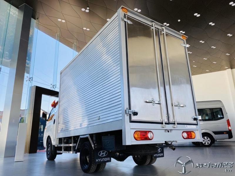 Hyundai New Porter H150 giải pháp vận tải đa ngành khu vực nội ô Tp.HCM.