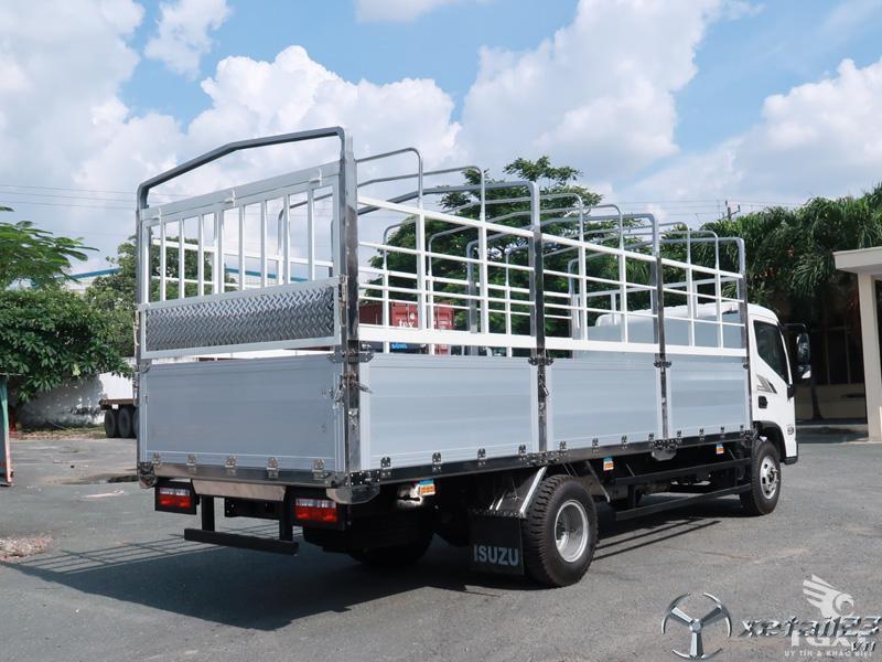Giá xe tải Hyundai Ex8 GTL thùng bạt/ Xe tải hyundai 7 Tấn thùng 5m1 trả góp.
