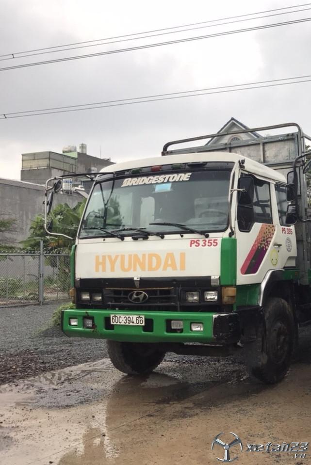 cần bán gấp xe Hyundai 8,5 tấn thùng mui bạt đời 1996