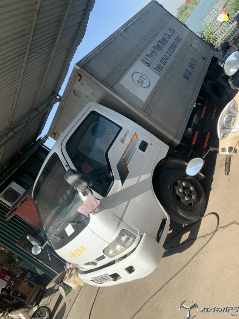 Cần bán gấp xe Kia K3000S sx 2013 thùng kín có bửng nâng hạ hàng giá 205 triệu