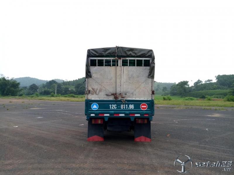 Cần bán xe tải có mui Trường Giang xe đẹp giá rẻ đời 2010 lăn bánh 2012