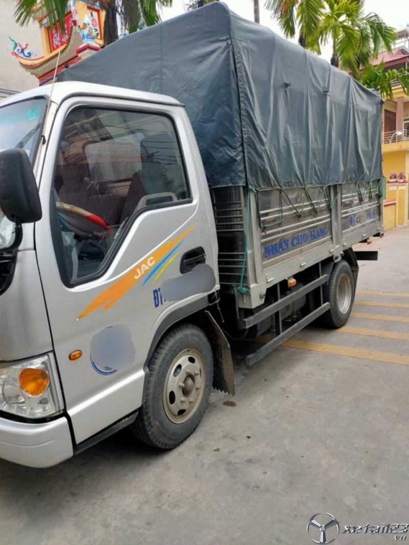 Rao bán JAC 1,25 tấn sản xuất 2017 , đăng kí 2018 thùng mui bạt giá 180 triệu