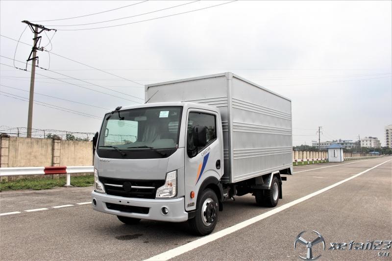 Xe tải 3.5 tấn thùng kín, nissan 3t5 thùng dài 4m3 giá rẻ - vay cao.