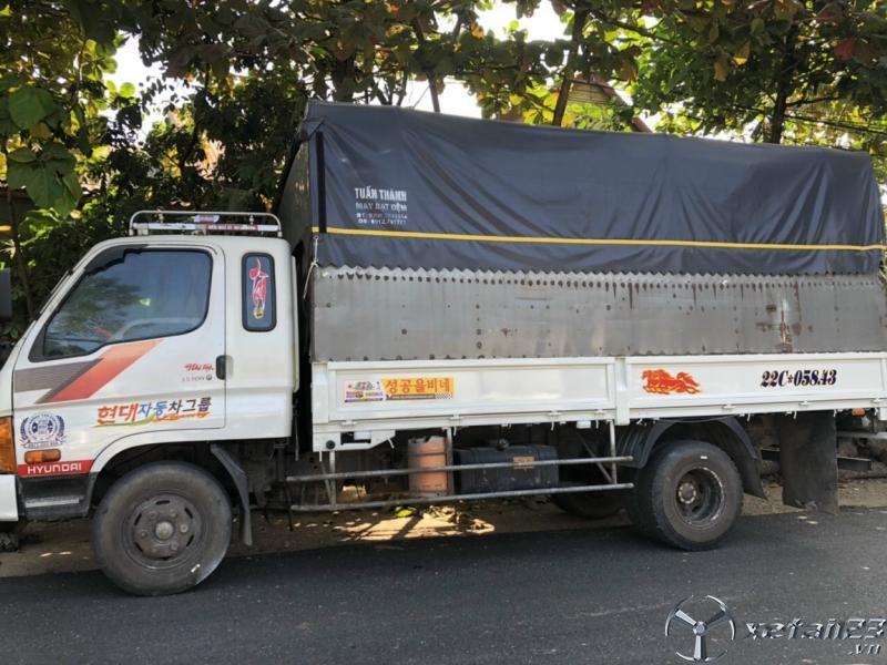 Rao bán xe Hyundai Mighty II đời 2004 thùng mui bạt với gía 270 triệu