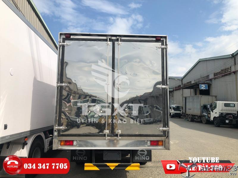 Xe tải Hino 3t5 thùng kín - Giá rẻ như cho