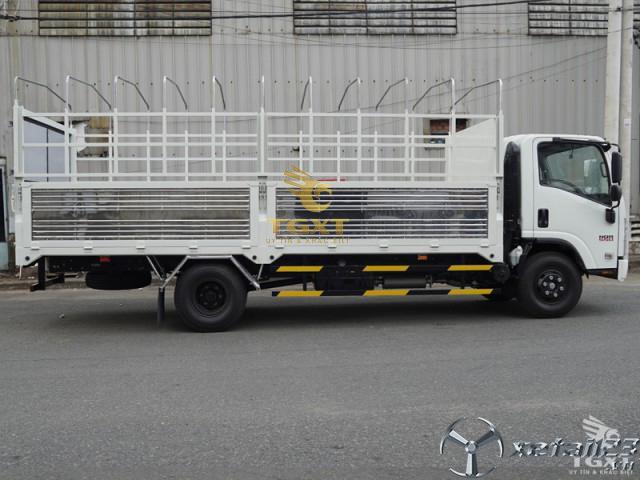 Xe tải isuzu 5t thùng bạt