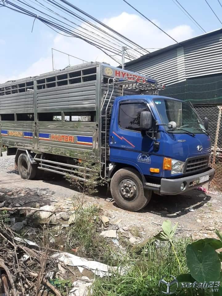 Bán xe tải Veam HD800 đời 2017 thùng chở gia súc hai sàn , có thiết bị nâng hạ hàng giá 700 triệu