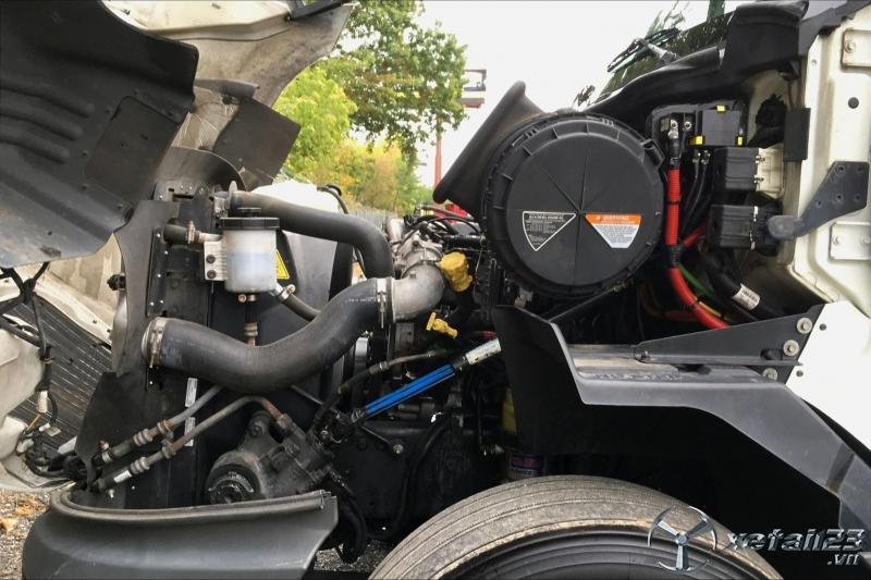 Xe đầu kéo Mỹ Hoàng Huy International Maxxforce N13