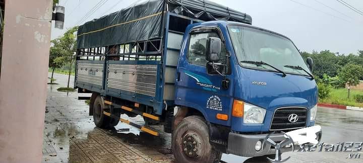 Bán xe Hyundai Newmighty đời 2018 thùng mui bạt với giá 650 triệu