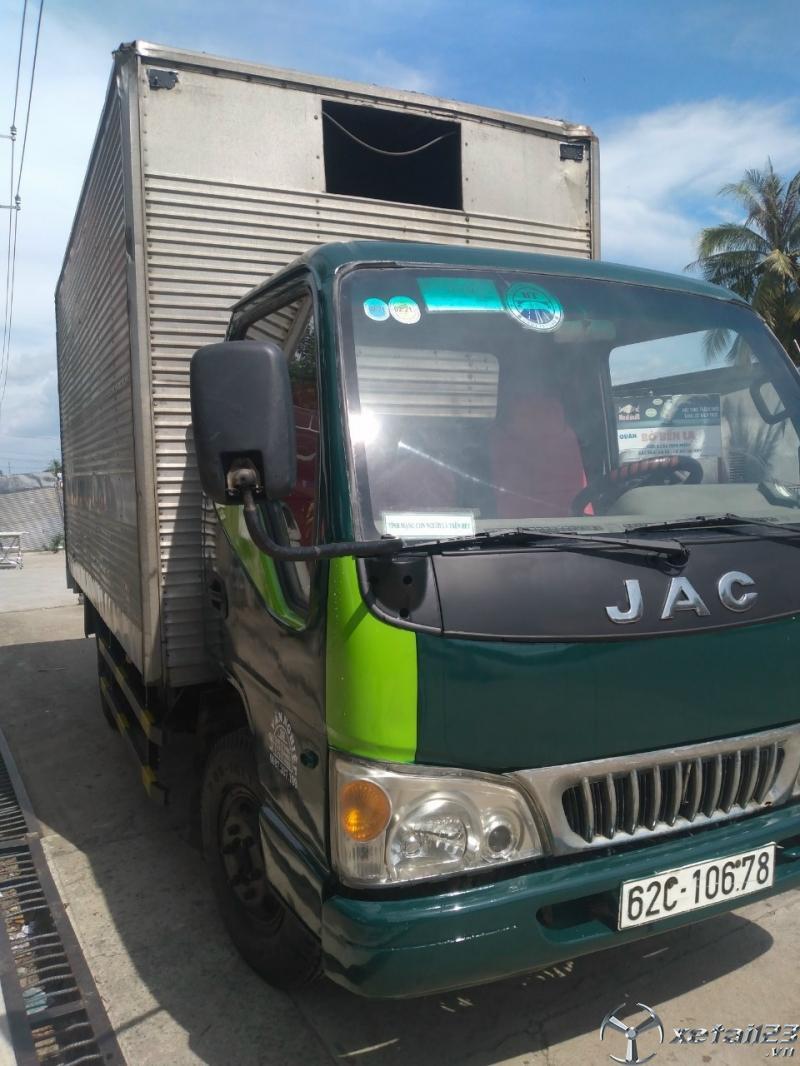 Cần bán gấp xe JAC 2,2 tấn sản xuất 2008 thùng kín