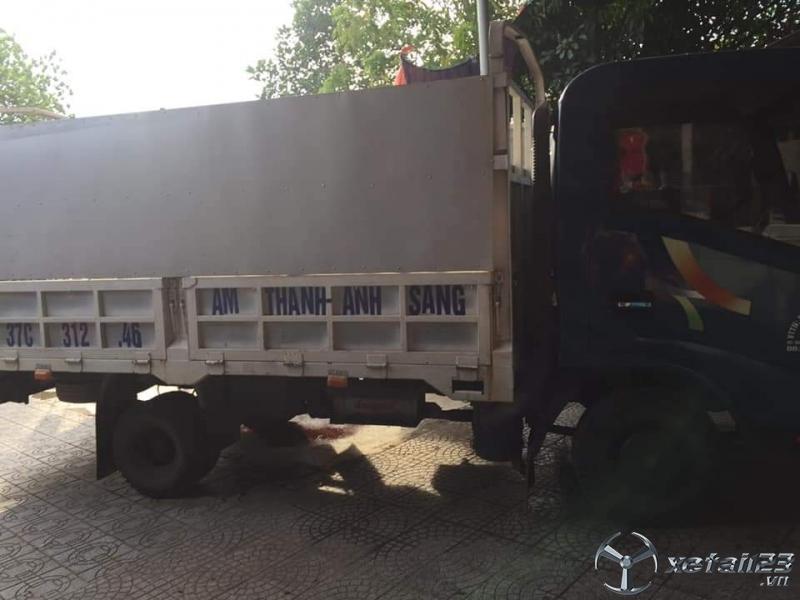 Cần bán Veam đời 2015 thùng mui bạt với giá 230 triệu
