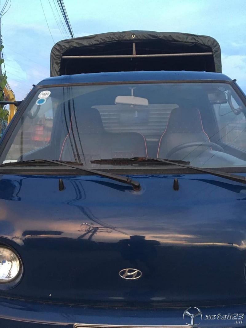 Xe Hyundai Porter H100 đời 2009 thùng mui bạt cần bán. Chỉ với 180 triệu nhận ngay xe đẹp