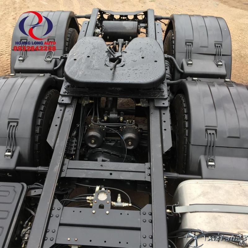 Đầu kéo CAMC Hino 380Hp