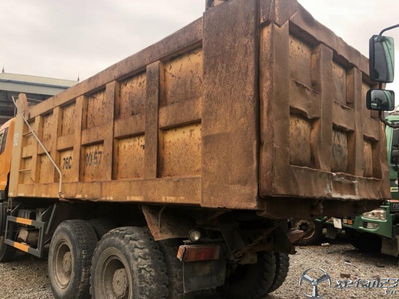 Cần bán gấp xe Dongfeng Hoàng Huy 3 chân đời 2010 giá chỉ 390 triệu