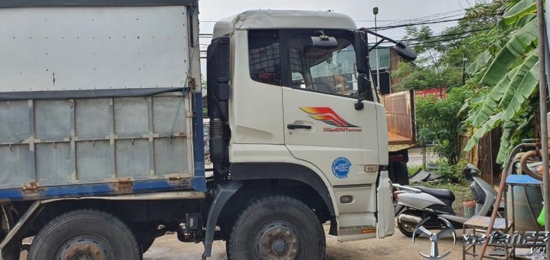 Cần bán Dongfeng đời 2016 thùng mui bạt giá 850 triệu còn thương lượng