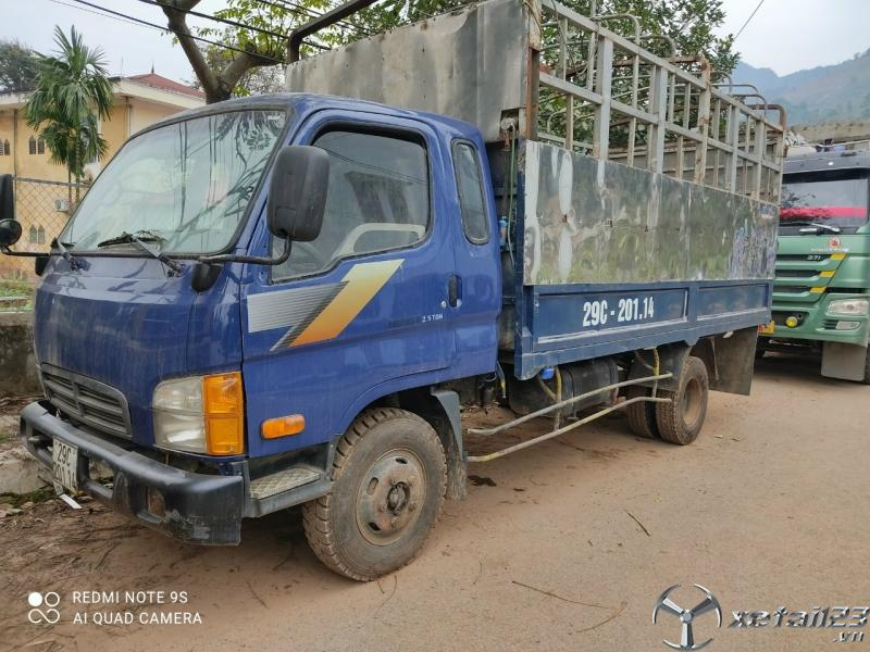 Thanh lý gấp xe Hyundai Mighty II 2,5 tấn đời 2003 thùng mui bạt