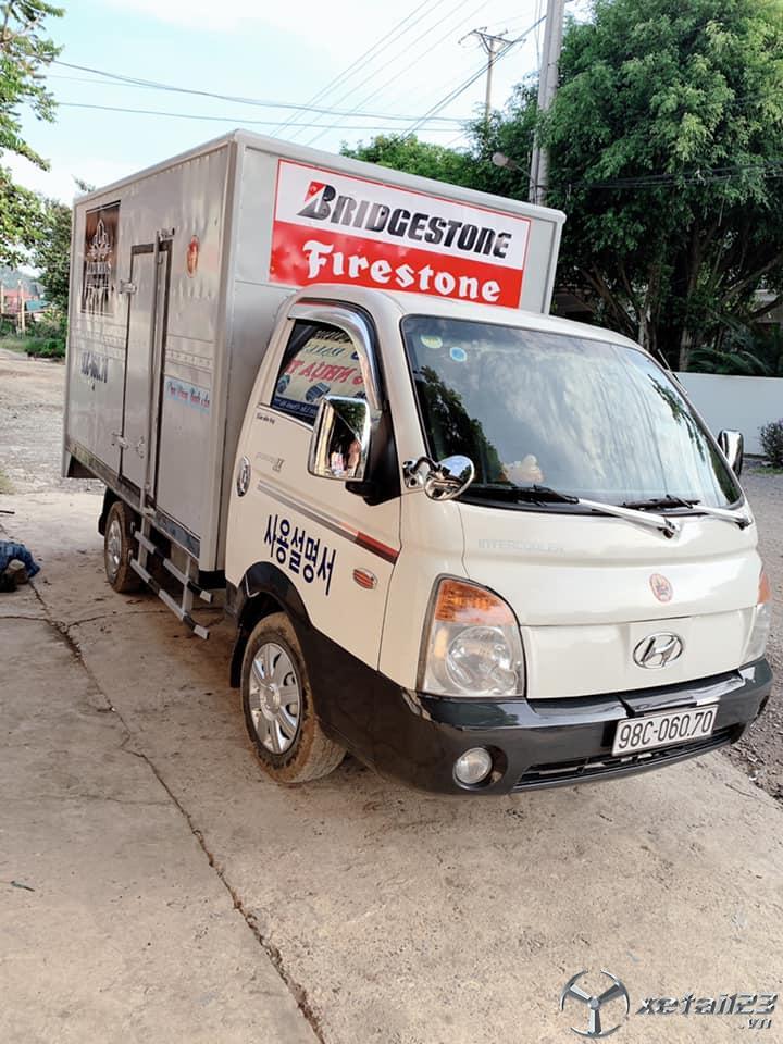 Bán Hyundai Porter sx năm 2005 , đăng kí lần đầu 2009 thùng kín giá 187 triệu, sẵn xe giao ngay