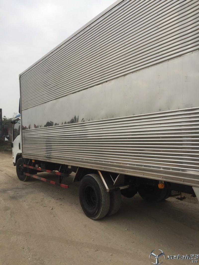 Xe Isuzu 6,9 tấn đời 2018 thùng mui bạt cần bán giá rẻ nhất