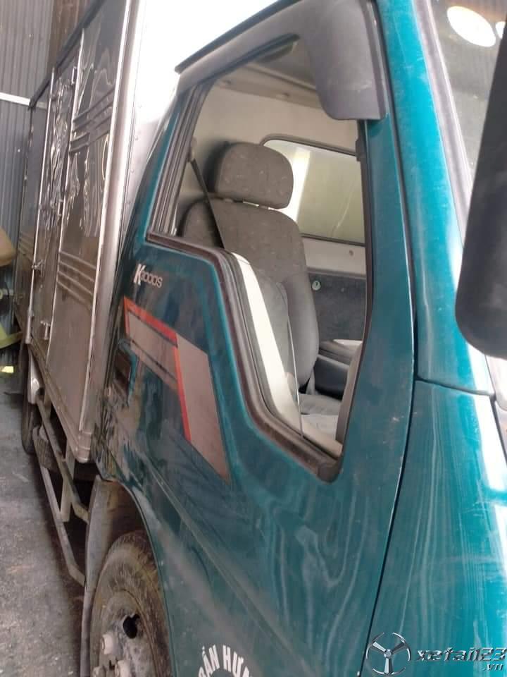 Bán Kia K3000S đời 2004 thùng kín với giá 140 triệu